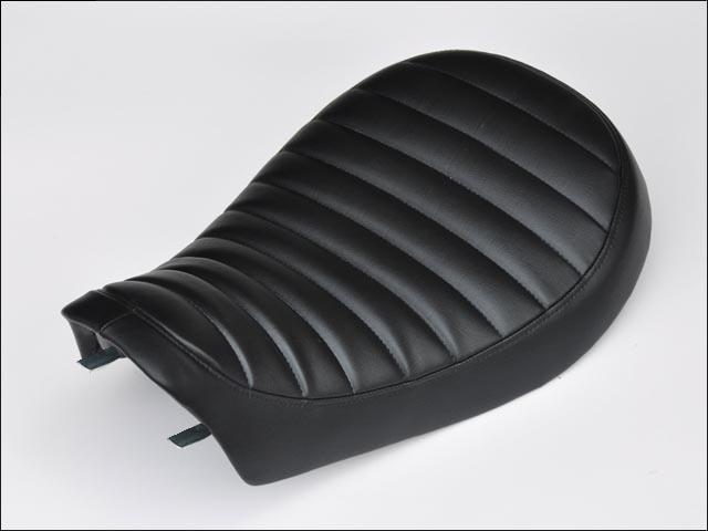 サドルタイプシート タックロール CHIC DESIGN(シックデザイン) SR400(78〜08年)