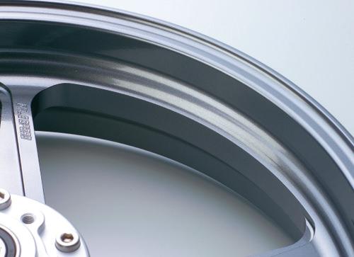 アルミニウム鍛造ホイール TYPE-R リア用 550-17 ガンメタ GALE SPEED(ゲイルスピード) DUCATI Scrambler800