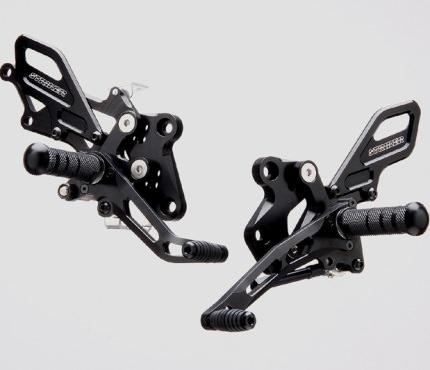 STRIKER SPECIAL STEP KIT 4ポジション ジュラルミン ブラックアルマイト仕様 STRIKER(ストライカー) Ninja250R(ニンジャ)